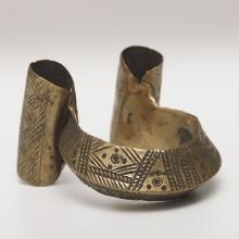 <a href='http://collection.spencerart.ku.edu/eMuseumPlus?service=ExternalInterface&module=collection&objectId=33485&viewType=detailView' target='_blank'>Amhara or Tigray peoples, <i>anklet</i>, late 1800s–early 1900s</a>